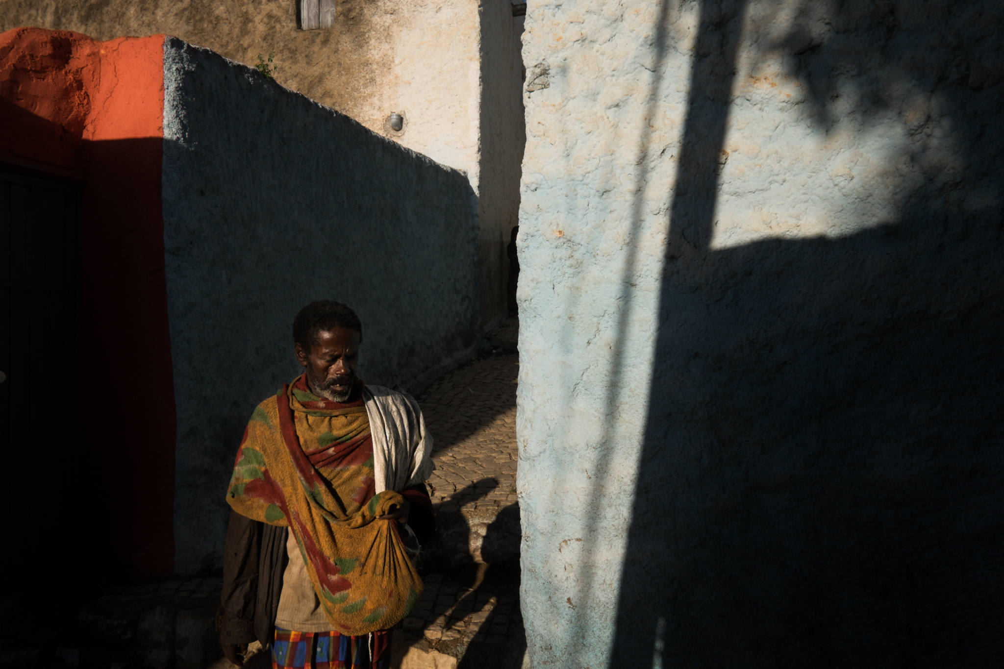 Ethiopia by Yves Vernin street photography color 31