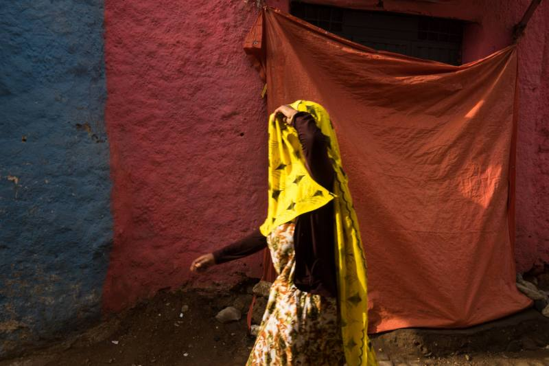 Ethiopia by Yves Vernin street photography color 32