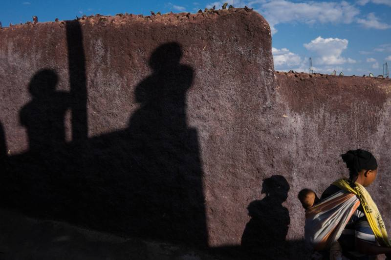 Ethiopia by Yves Vernin street photography color 36