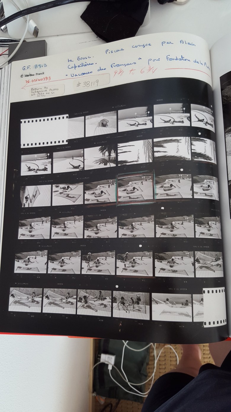 MARTINE FRANCK - contact sheet- boy by pool1
