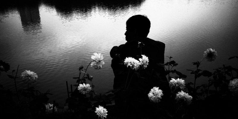 HANOI Black and White Street Photography: RICOH GR II x ERIC KIM PRESET