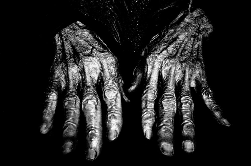 Hands Vietnam