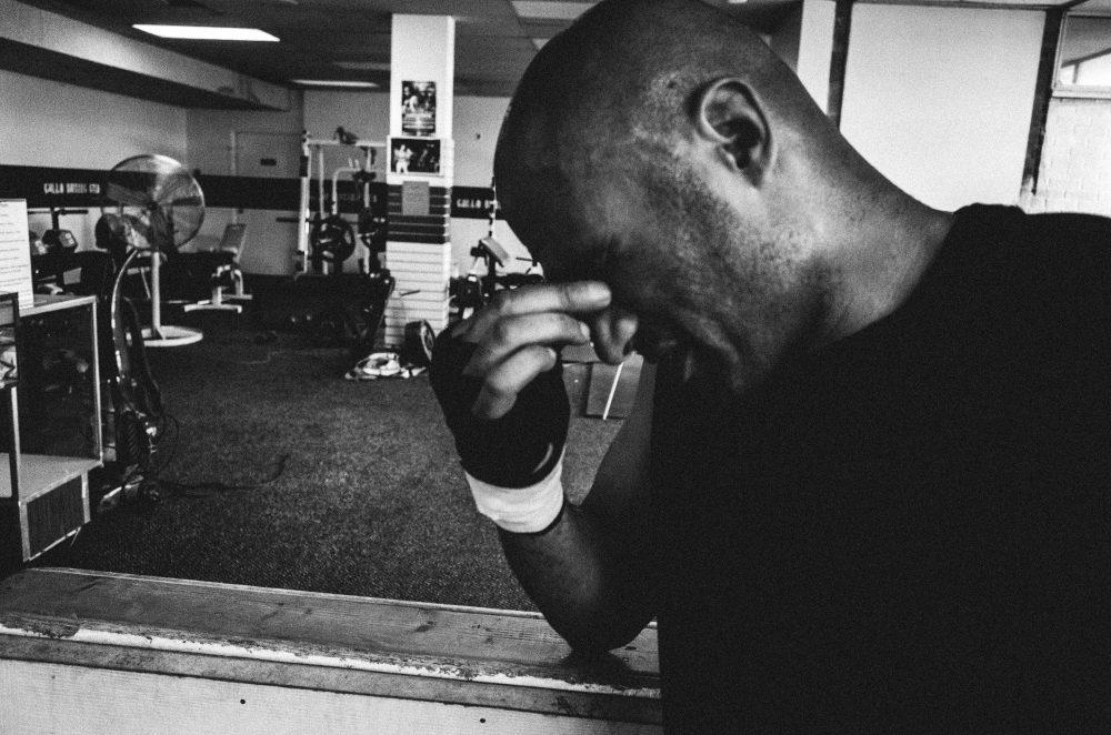 Gallo boxing black and white