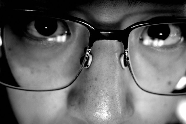 selfie glasses macro Ricoh gr iii