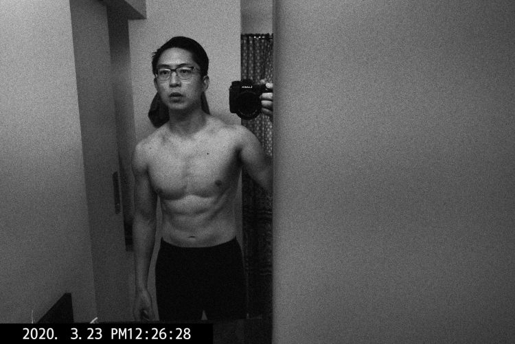 ERIC kim flex buff muscle front 6 pack