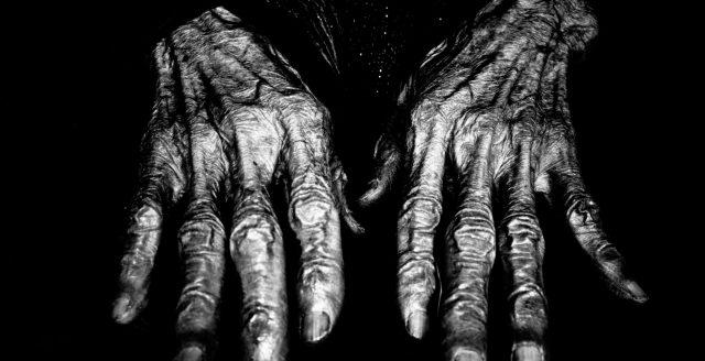 hands ERIC KIM wrinkles Hanoi woman flash Ricoh gr ii