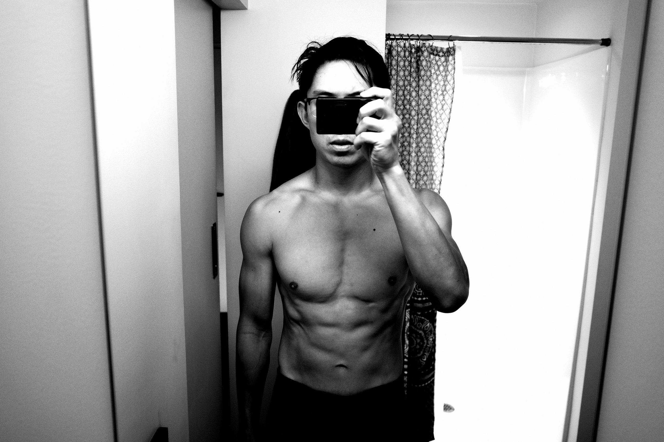 front selfie muscle ERIC KIM