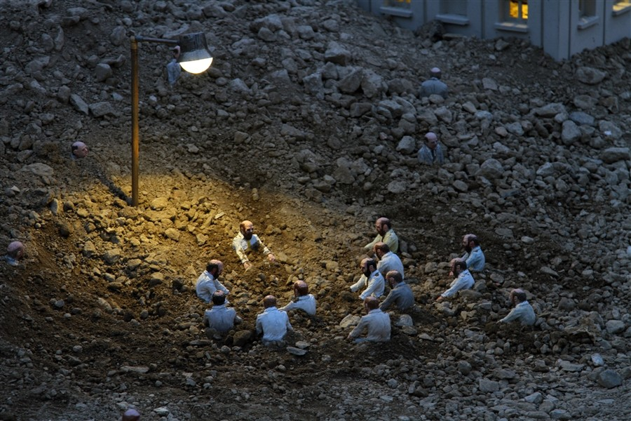Follow the leaders http://www.huffingtonpost.com/2014/03/03/isaac-cordal_n_4876935.html