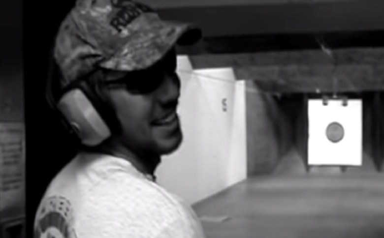 FIRST RULE OF FULL AUTO GLOCK SHOOTING: DON'T SHOOT YOUR HAND (VIDEO)