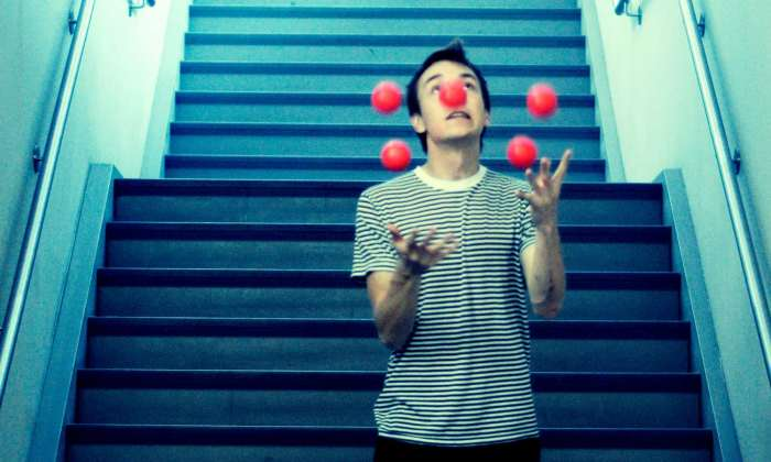 Juggling Five Balls