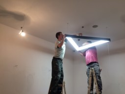 Montaż oświetlenia