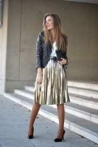 outfit-with-midi-metallic-skirt-black-heels-and-leather-jacket
