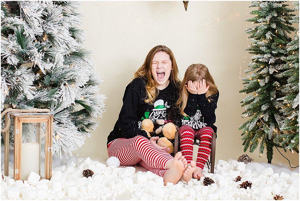 christmas-mini-sessions-arkansas-family-photographers-i-kelsey-and-weston_0006