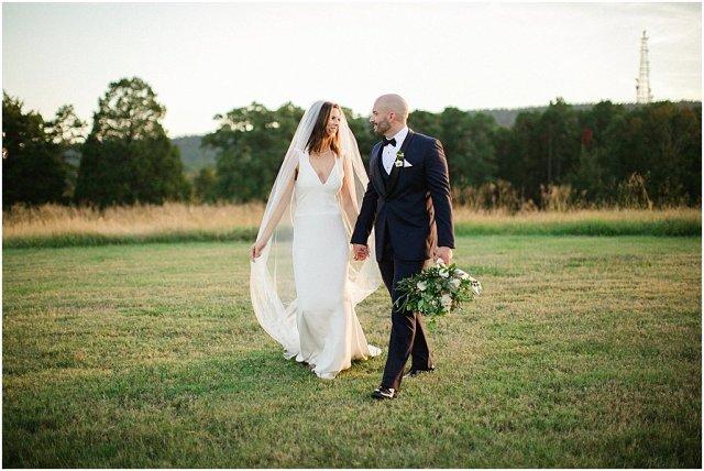moss-mountain-wedding-arkansas-wedding-photographers-i-kelsey-and-weston_0076