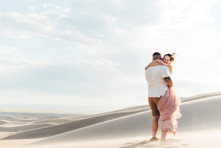 barefoot engagement photos