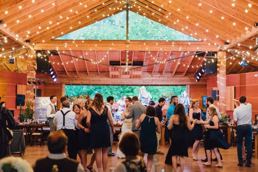 rustic barn venues in colorado