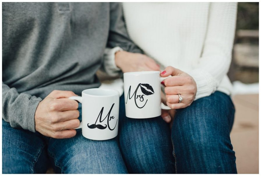Black and white Mr & Mrs coffee cups