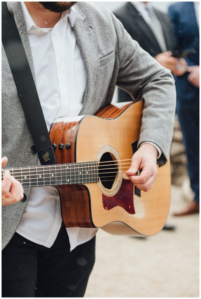 Acoustic guitar for wedding ceremony in the mountains