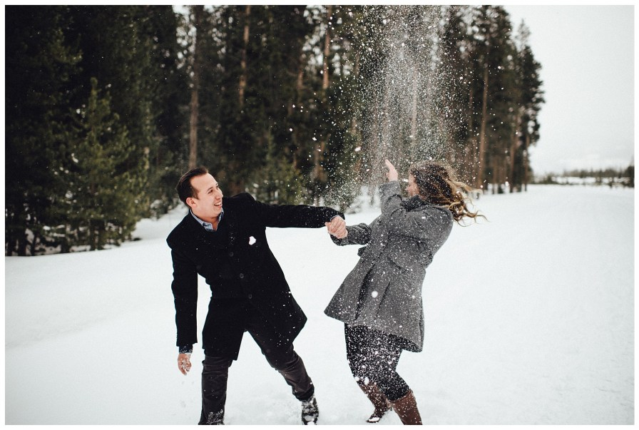Wintery engagement photos in Colorado