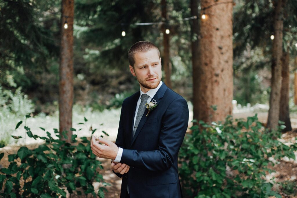 Groom photo ideas