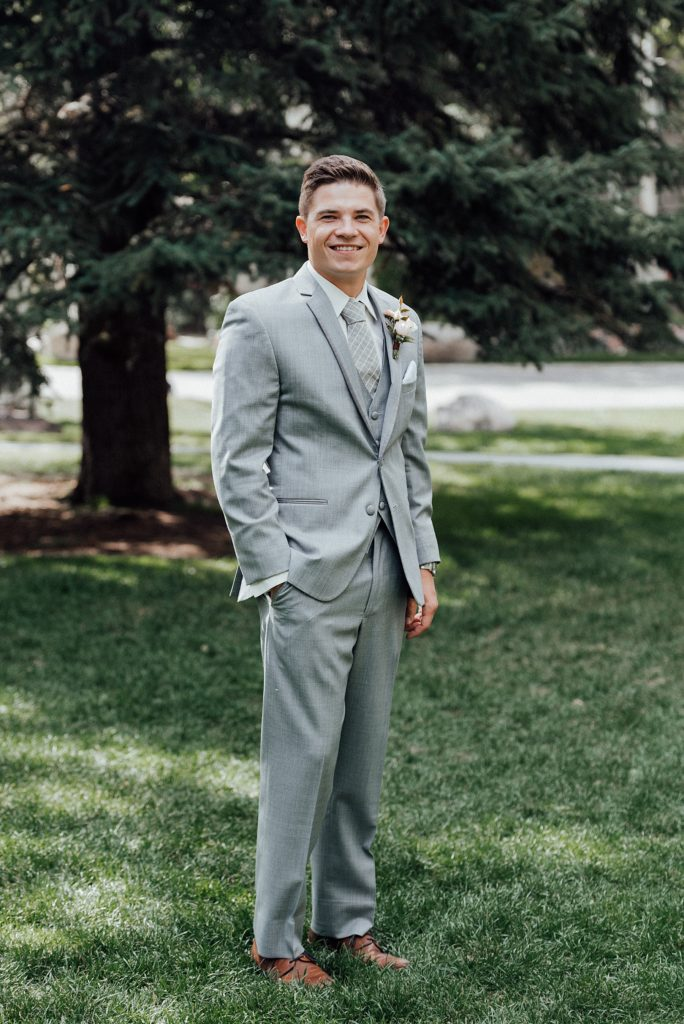 Gray suit, groom suit ideas