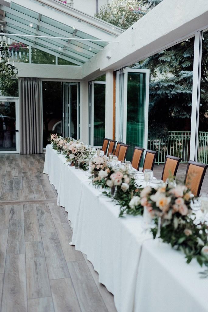 wedding head table, head table ideas, wedding greenery decorations
