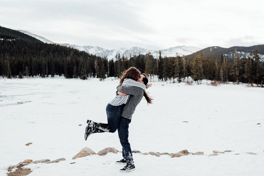 Snowy engagement photos at Echo Lake