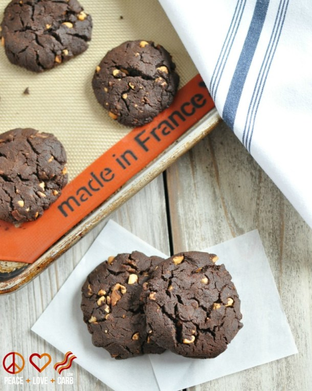 Chocolate-Peanut-Butter-Bacon-Cookies-Low-Carb-Gluten-Free-6