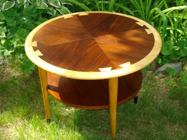 Lane Acclaim Occasional Table
