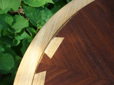 Slight veneer issue along one edge of Lane Acclaim occasional table