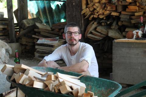 Erik Haugsby Pottery: woodfiring the Janjagama anagama woodfired kiln.