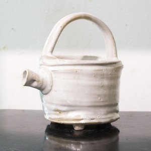 Erik Haugsby Pottery – White Pouring Vessel