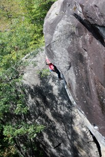 Julien Moreau throwing for the arete on livin' Astro (5.14c)