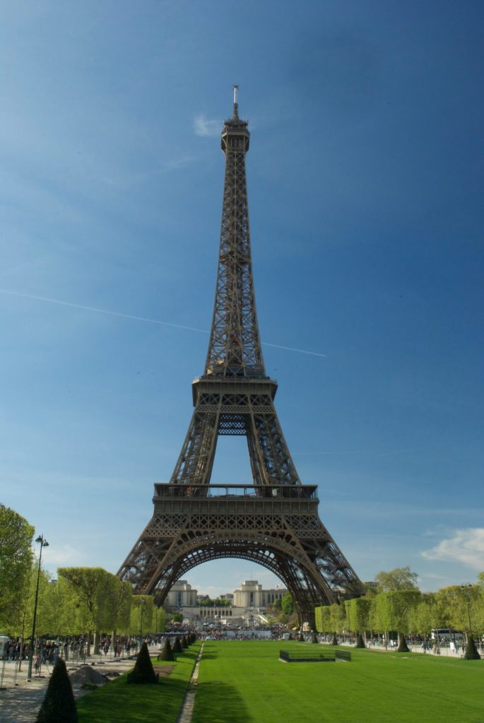 paris with kids – eiffel tower