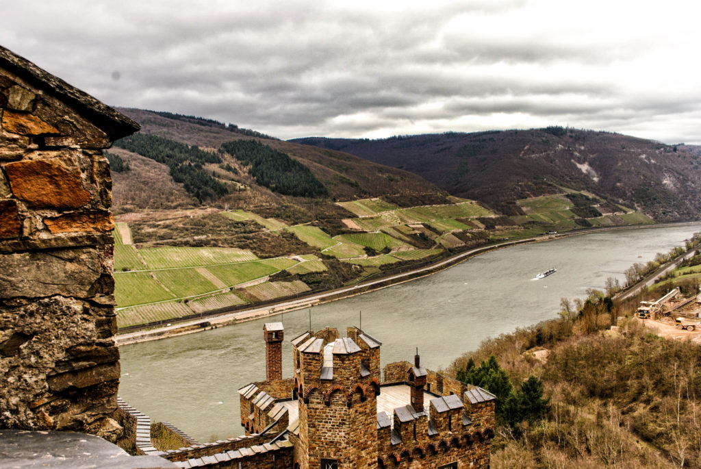The view of the Rhine from Castle Sooneck.