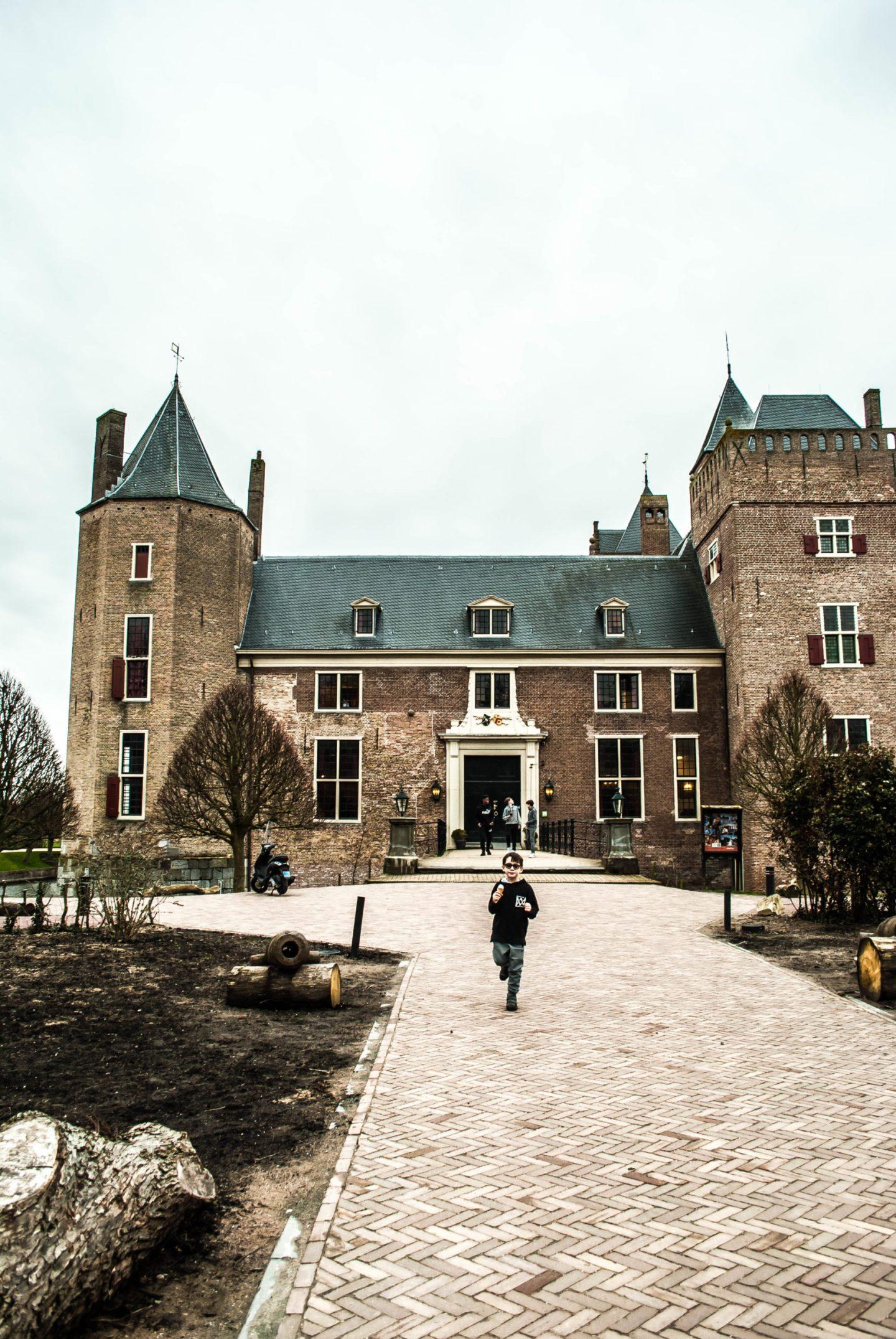 Heemskerk exterior 1