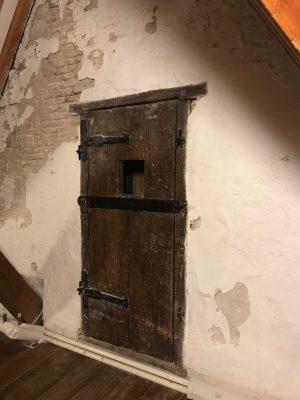 The prison door!