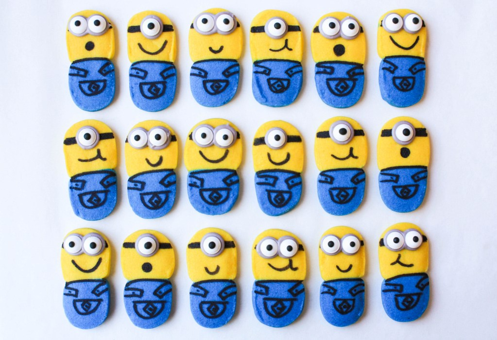 Movie Munchies! How To Make Fun & Easy Minion Cookies