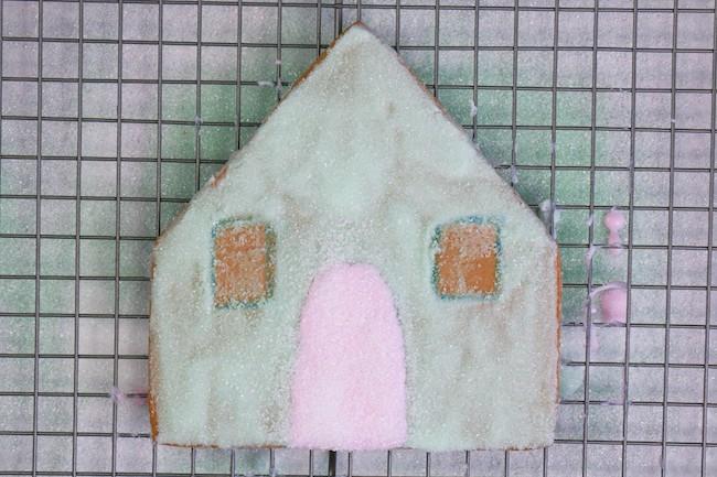 Adding Sanding Sugar to the Door | Erin Gardner | Erin Bakes