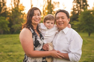 Sunset family photo by Seattle family photographer and Issaquah family photographer