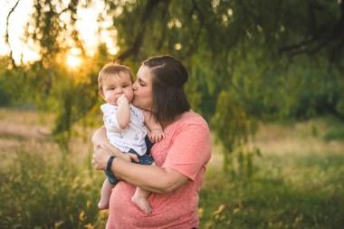 Kirkland family photographer Erin DuPree captures sweet moment between mother and son