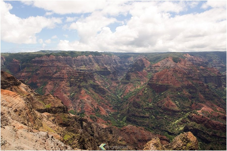 Top five things to do on Kauai: Views of Waimea Canyon on Kauai, with beautiful red dirt and bright green foliage