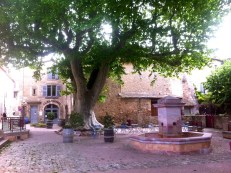 La Mangeoire Restaurant, not open Tuesdays