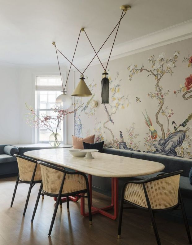 Anyone tired of white walls will love this one_ here's why we think chinoiserie wallpaper and decor is making a strong comeback in 2018_.jpg