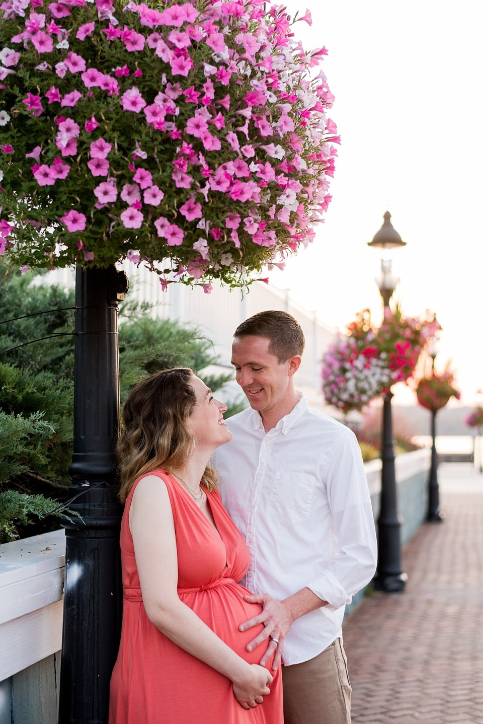 Old Town Alexandria Waterfront Maternity Session by Alexandria Maternity Photographer, Erin Tetterton Photography