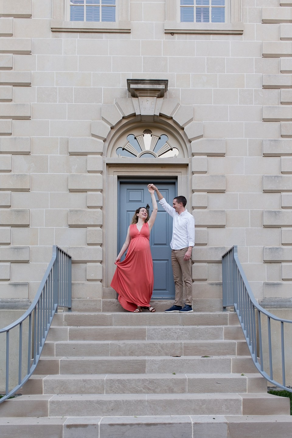 Carlyle Hosue Maternity Session in Old Town Alexandria by Alexandria Maternity Photographer, Erin Tetterton Photography