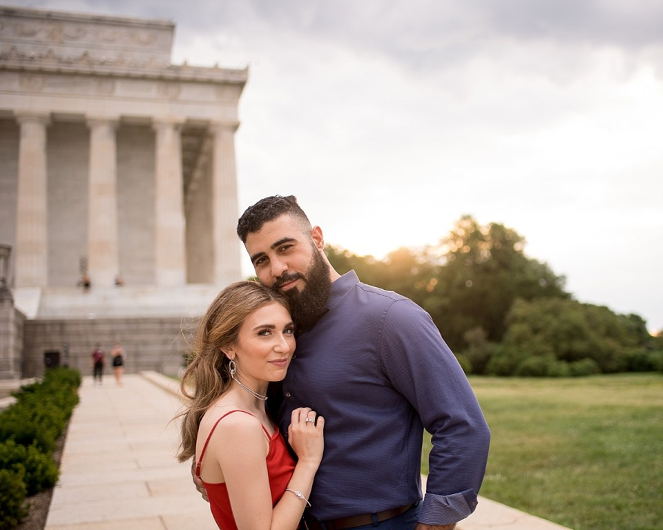 Lincoln Memorial Engagement Session on the national mall in washington DC by Erin Tetterton Photography