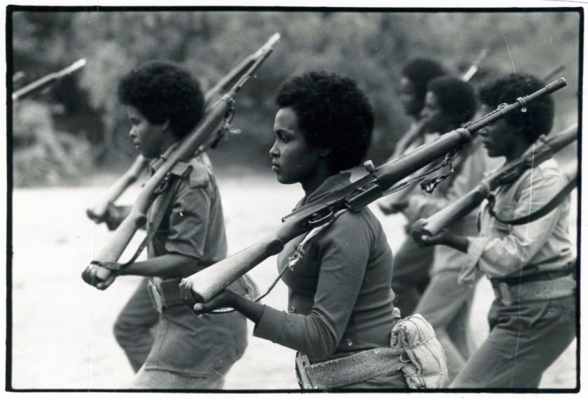 03-12 Women training with EPLF, liberated areas, 1980's – Version 2