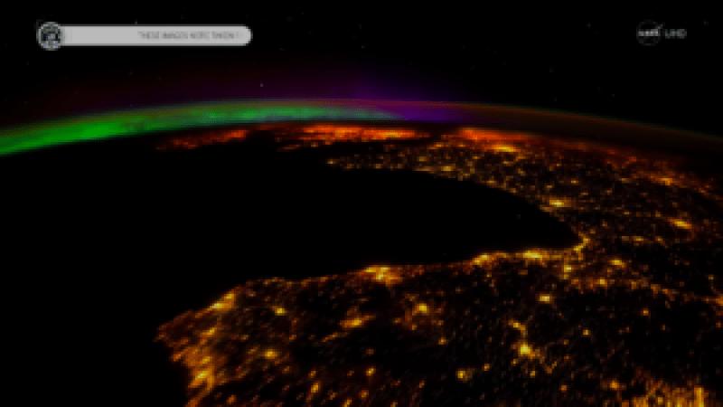 Así se ven las auroras boreales de diferenres colores tocando la Tierra de noche
