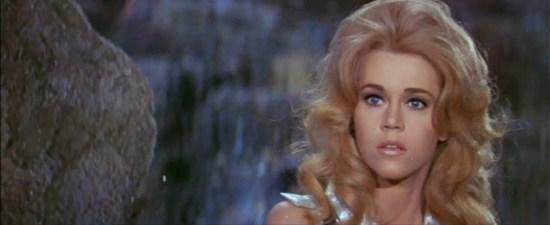 Jane Fonda durante la grabación de Barbarella